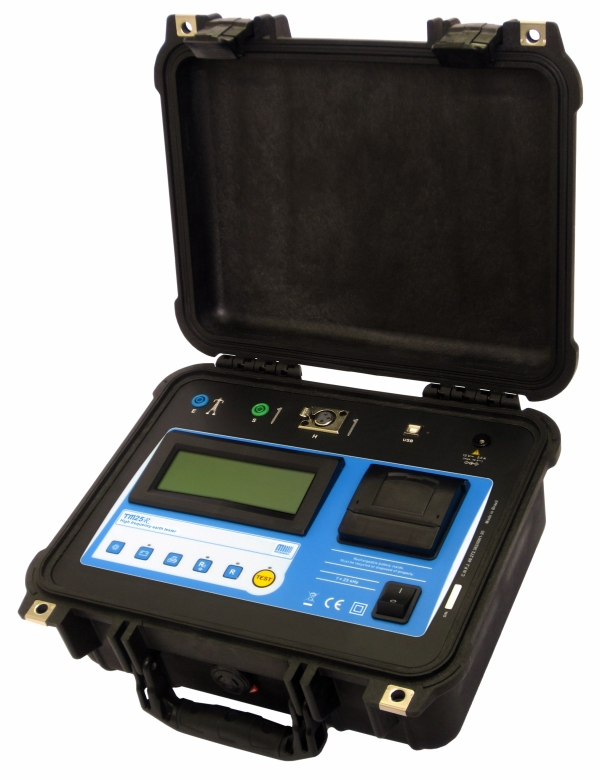 TM-25R Earth Resistance Tester, 25 kHz, Memory, Bluetooth, with printer
